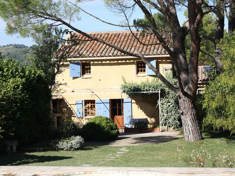 Charming Cottage with Private Pool and delightful views, Vaison la Romaine, Prov, vacation rental in Saint-Romain-en-Viennois
