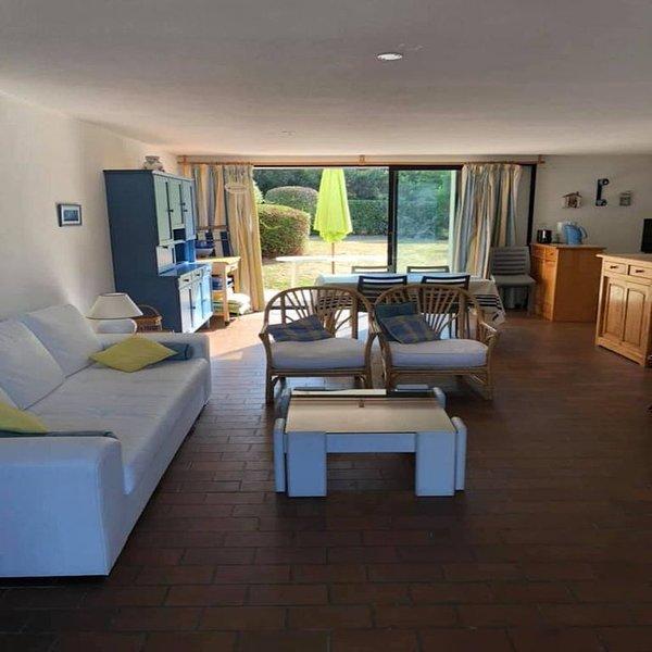 Maison 5 chambres - Morbihan- 50 m de la Plage - Idéal famille avec enfants, location de vacances à Arzon