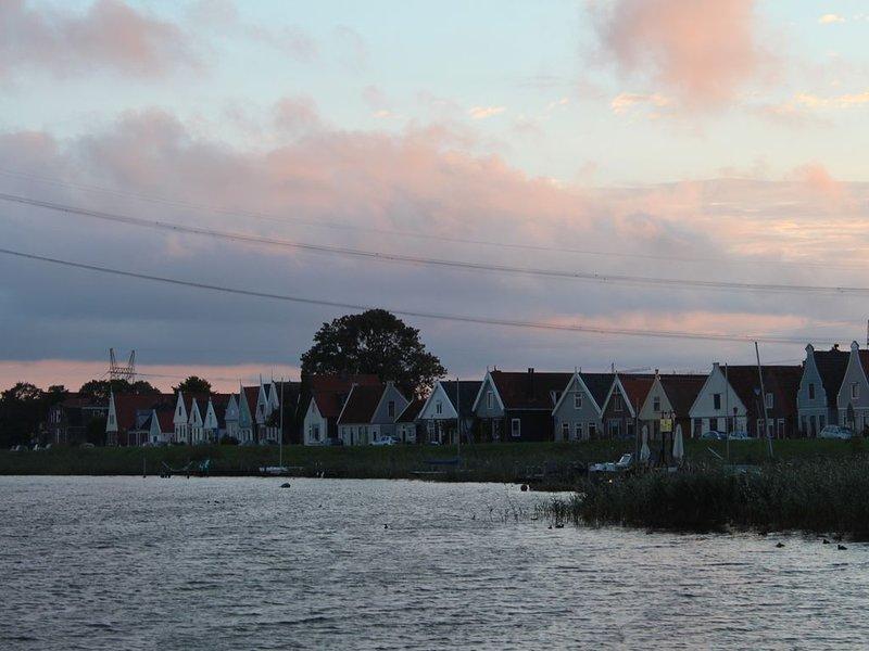 charmant huis in het groen aan dijk in Durgerdam (Waterland) vlakbij Amsterdam – semesterbostad i Muiden