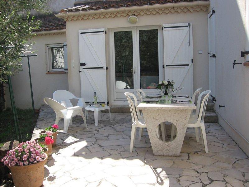 Appartement avec terrasse privée, aluguéis de temporada em Plan De Cuques