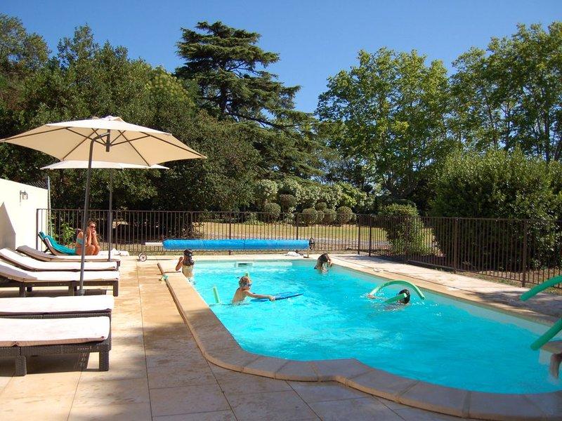 Chalet DOMAINEDELASAVOYE Jardin Piscine 9 mn Plage, location de vacances à Lespignan