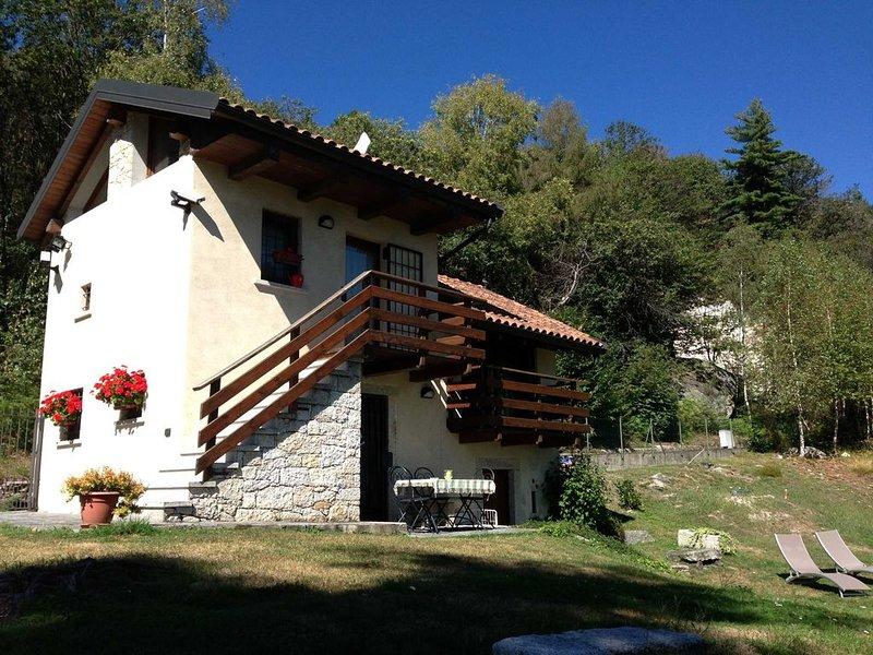 Lago D'Orta Villino con vista lago mozzafiato, vacation rental in Rimasco