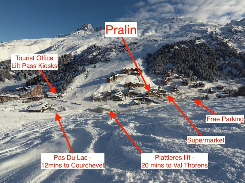 Le Pralin, Studio apartment for 4, in perfect location by lifts and shops, vacation rental in Meribel Mottaret