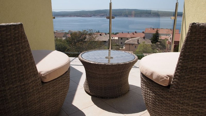 Apartment with amazing view Sanjin, aluguéis de temporada em Crikvenica