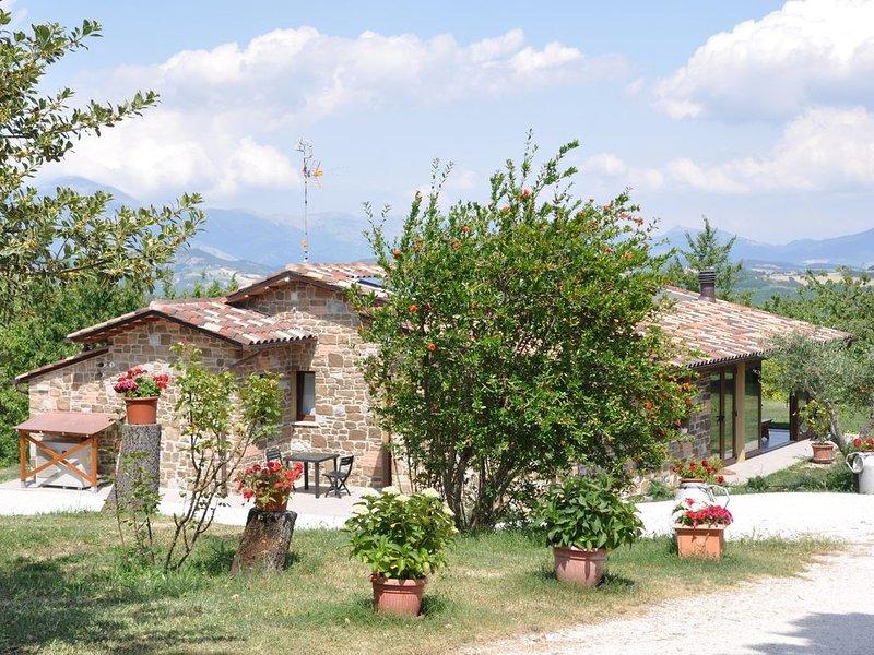 Casalotto Francescano direttamente sul sentiero di San Francesco, intera casa, holiday rental in Montelovesco