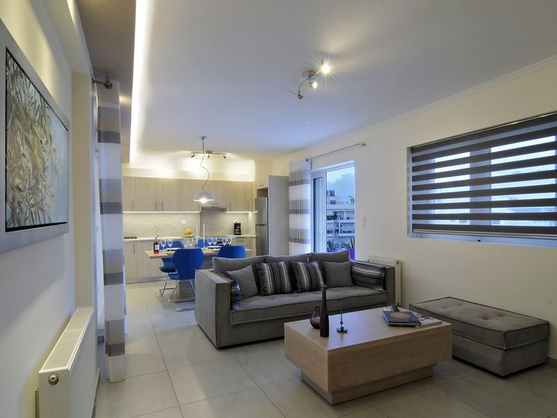 Athens Panorama Penthouse with Acropolis View Appartment, holiday rental in Moschato