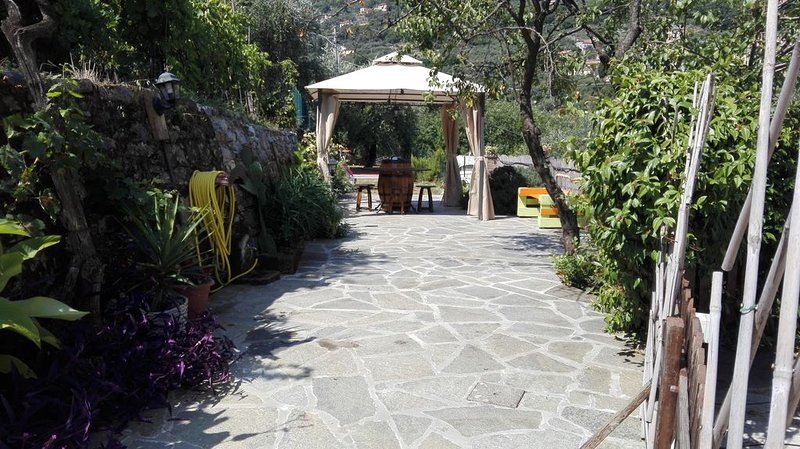 A cà da Susi 011015-LT-0363 a quattro passi dal centro città e dalle 5Terre, alquiler de vacaciones en La Spezia