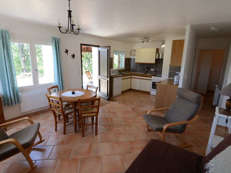 Gîte en Provence (T2) / Holiday home in Provence, holiday rental in Malijai