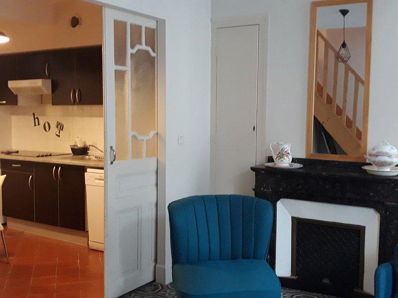 Appartement dans le centre historique avec parking, vacation rental in Pennautier