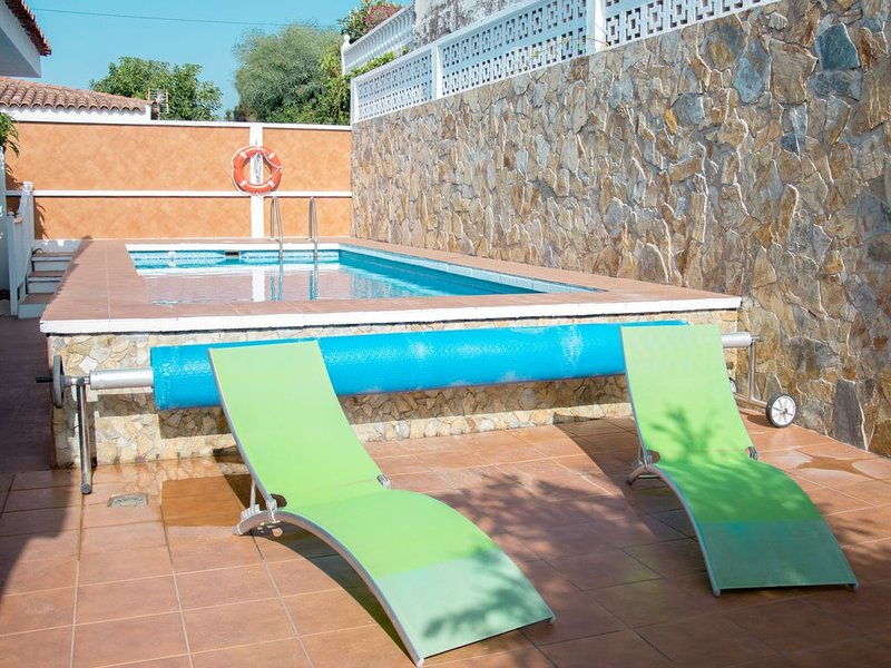 ✪ VILLA + PRIVATE POOL + BBQ + WiFi ✪, vacation rental in Puerto de la Cruz