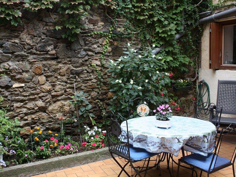Gammalt katalanskt hus, 2 minuter från stranden och i ortens centrum, alquiler de vacaciones en Banyuls-sur-mer