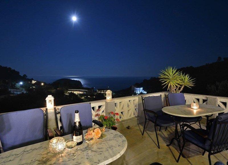 ARIADNE HOTEL SKOPELOS ISLAND, holiday rental in Stafylos