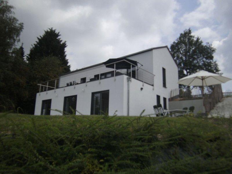 Moezel en Hunsrück - Genieten van de wijnstreek en de natuur, holiday rental in Schwollen