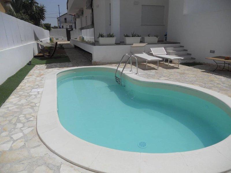 Villa le Dune, con piscina posto auto e ampio spazio esterno, vacation rental in Agrigento