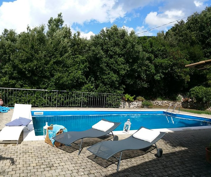 PACE E PRIVACY  A CASA 'Il CORBEZZOLO', vacation rental in Province of Rieti