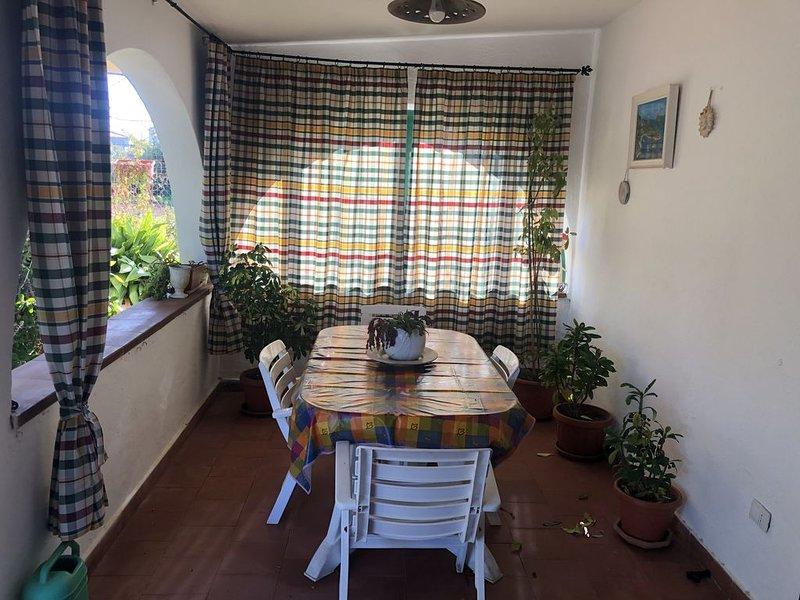 Villa singola singnorile, holiday rental in Sennori