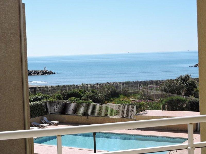 Valras Alizéa Beach résidence direct plage avec piscine, holiday rental in Valras-Plage