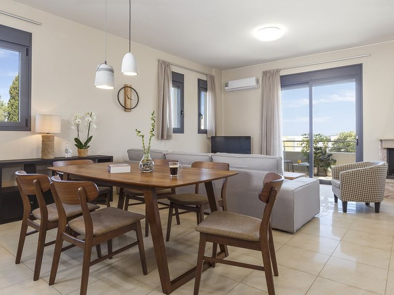 Rhodes - Kallithea J&G flat, holiday rental in Asgourou