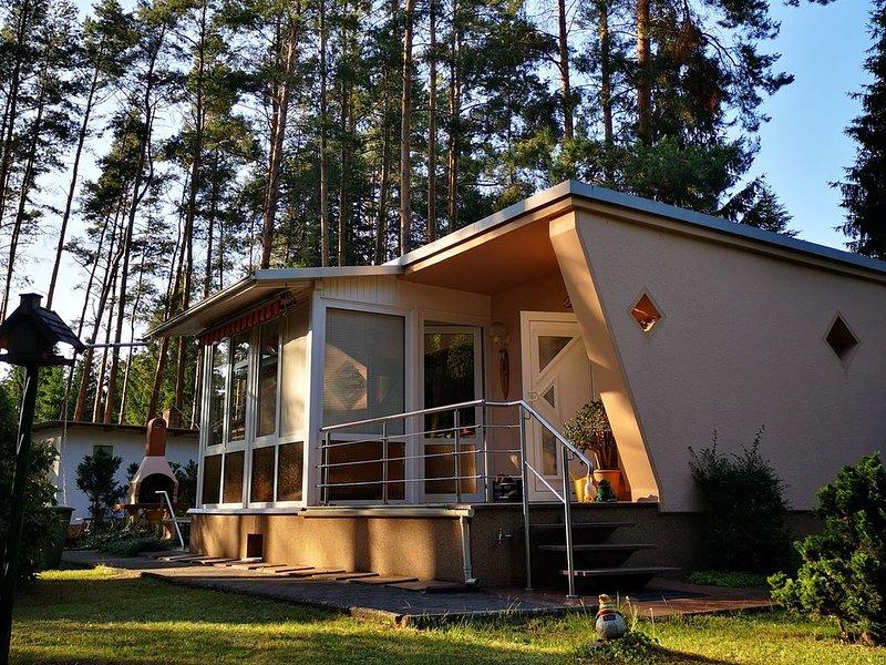 Ferienhaus direkt am See, aluguéis de temporada em Brandenburg