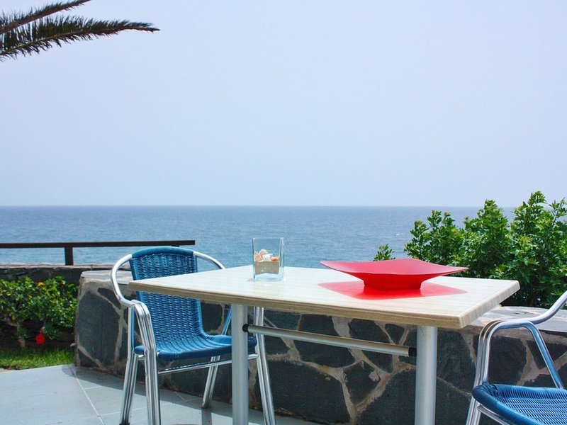 La Perla - Bungalowanlage DIREKT am Meer, location de vacances à San Agustin
