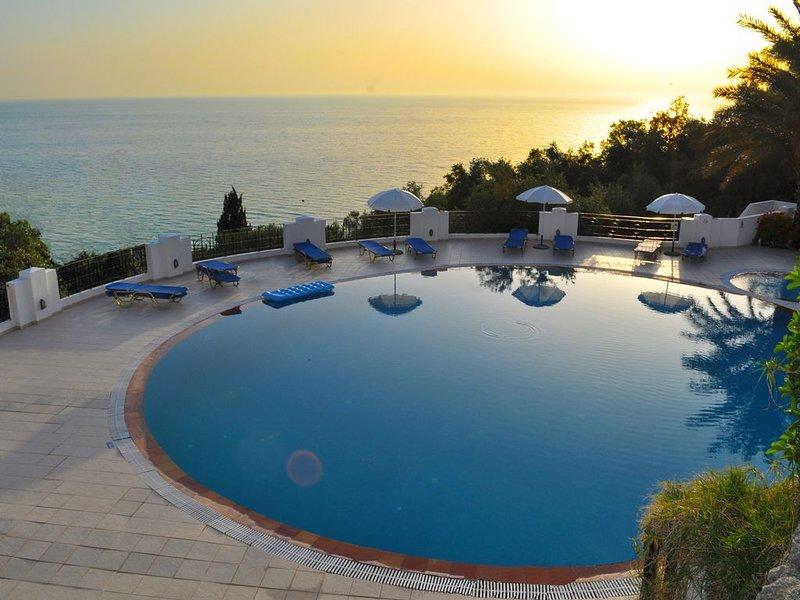 Ferienhaus mit Pool  Maria am Agios Gordios, holiday rental in Agios Gordios