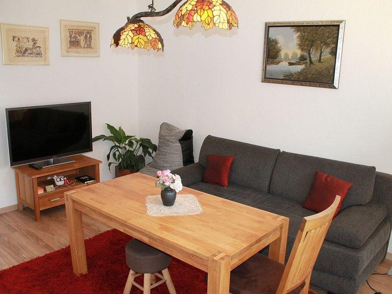 Ferienwohnung-LOGA in Leer (Ostfriesland), 2,5 Km bis Stadtmitte -max 3 Personen, holiday rental in Westoverledingen