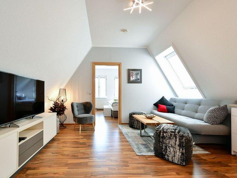 NEU! Modernes Apartment in TOP-Altmarktlage!, holiday rental in Schmogrow Fehrow