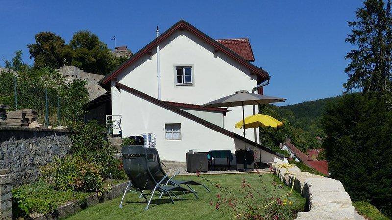 Romantisches Landhaus direkt unterhalb der Burg in Pappenheim, location de vacances à Franconia