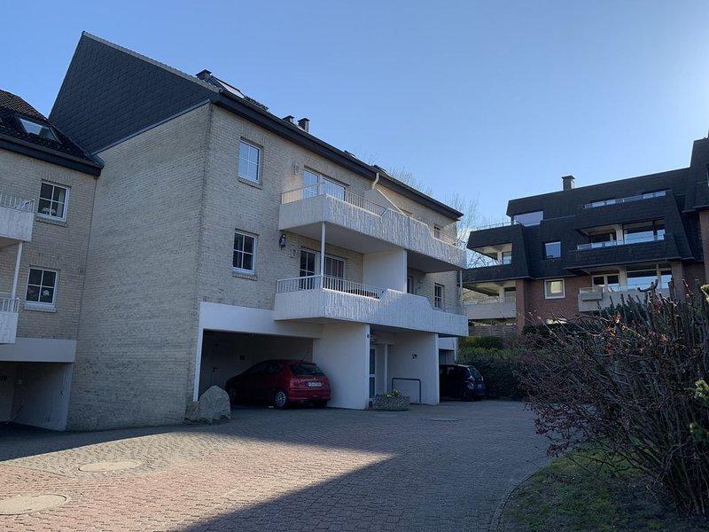 1 Schlafzimmer, 1 Küche, 1 Wohnzimmer, 1 Bad, 1 Balkon mit Förde und Strandblick, aluguéis de temporada em South Jutland