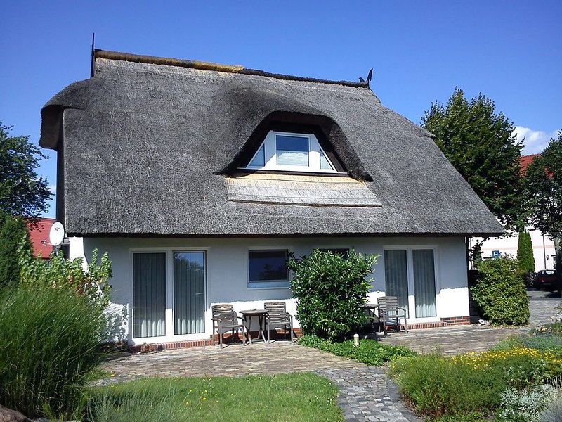 Ferienzimmer Peenemünde Zerbe/ Koch, holiday rental in Loissin