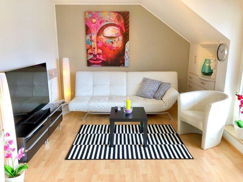 Moderne 52 m² Ferienwohnung mit Seeblick für 2 Personen, alquiler vacacional en Radolfzell am Bodensee