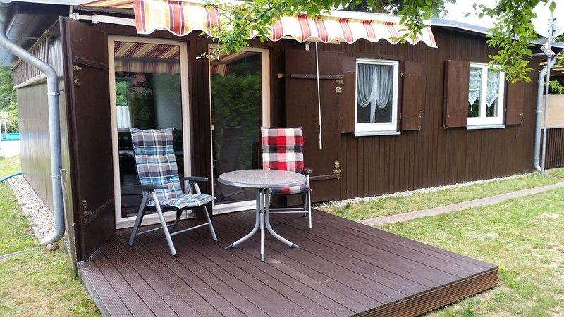 Ruhiges zentral gelegenes Ferienhaus mit moderner Ausstattung, holiday rental in Diensdorf-Radlow