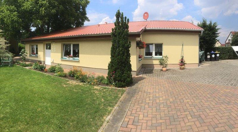 Ferienhaus Lisa in Cottbus, holiday rental in Schmogrow Fehrow
