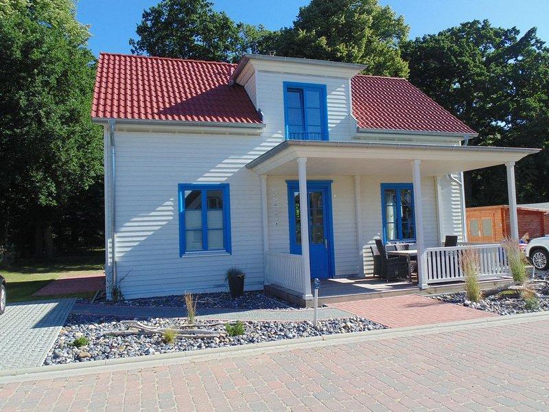Haus Strandblume , Neu auf Rügen -zirka 300 m vom Strand entfernt , WLAN inkl., location de vacances à Ile de Rügen