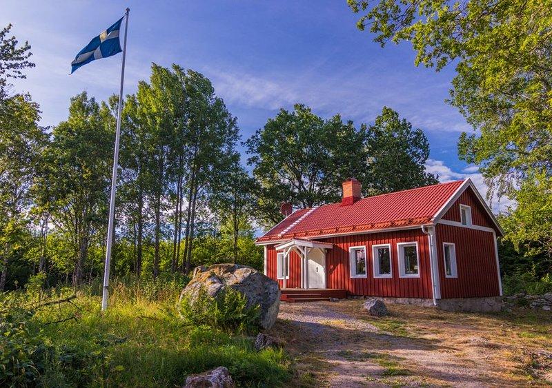 Traum Ferienhaus Småland / Högsby /Alleinlage mitten im Wald / absolute Ruhe, aluguéis de temporada em Monsteras