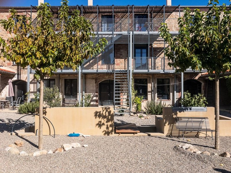 Ferienwohnungen in ehemaliger Korkfabrik, nahe spanischer Grenze und Mittelmeer, alquiler vacacional en Agullana
