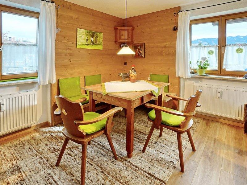 großzügige gemütliche 3 Zimmer Ferienwohnung, holiday rental in Ofterschwang