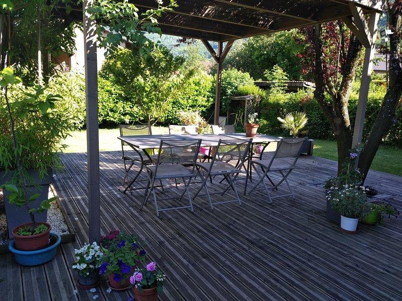 Maison entre Grenoble et les montagnes 7 à 8 personnes maximum, casa vacanza a Laffrey