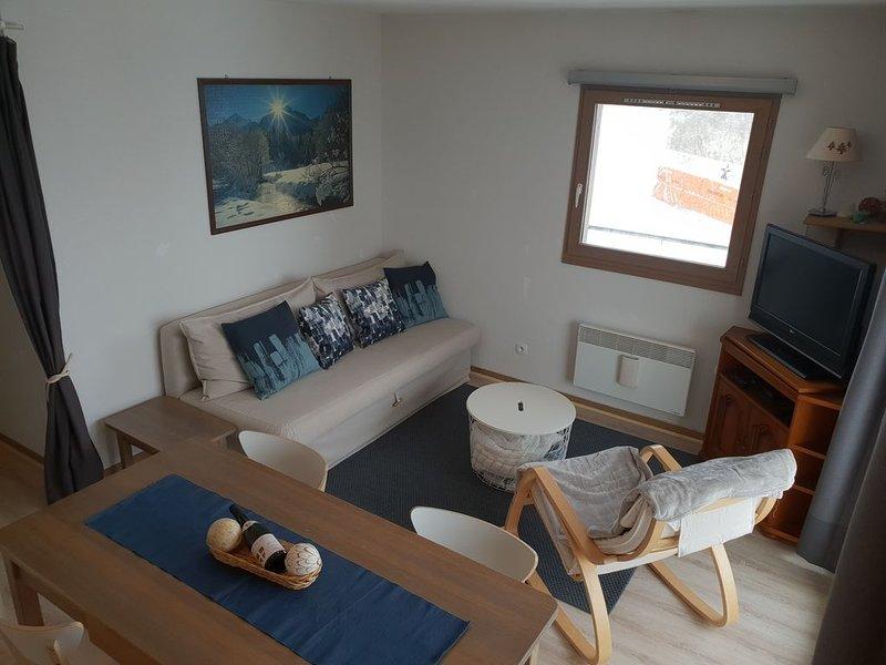 CHAMROUSSE - Appartement T4 - 8 personnes - Pied des pistes, casa vacanza a Laffrey