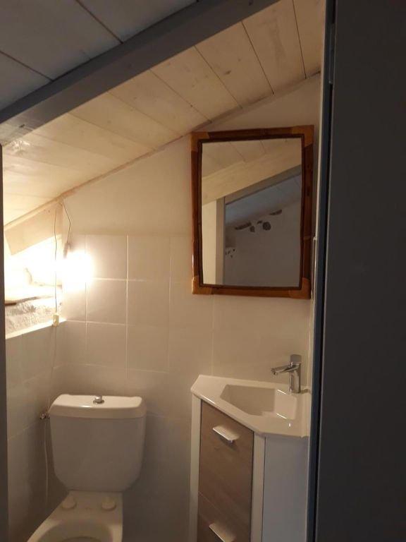dormitory toilets