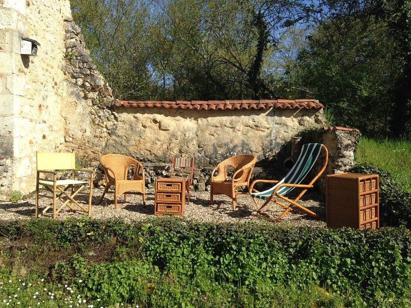 Dordogne, Périgord Vert, Maison de Campagne, vacation rental in Saint-Martin-de-Ribérac
