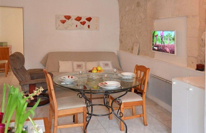 Gite Cézanne 4 personnes, vacation rental in Saint Andiol