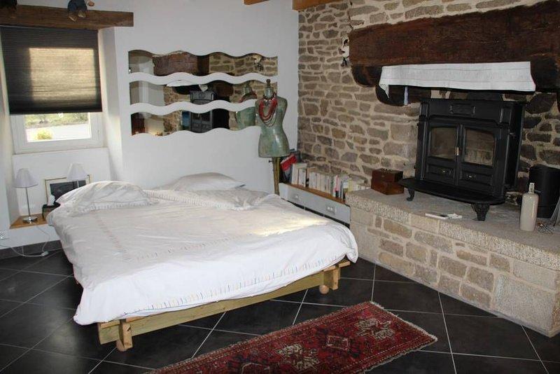 Chambre dans longère à la campagne, vacation rental in Quimperle