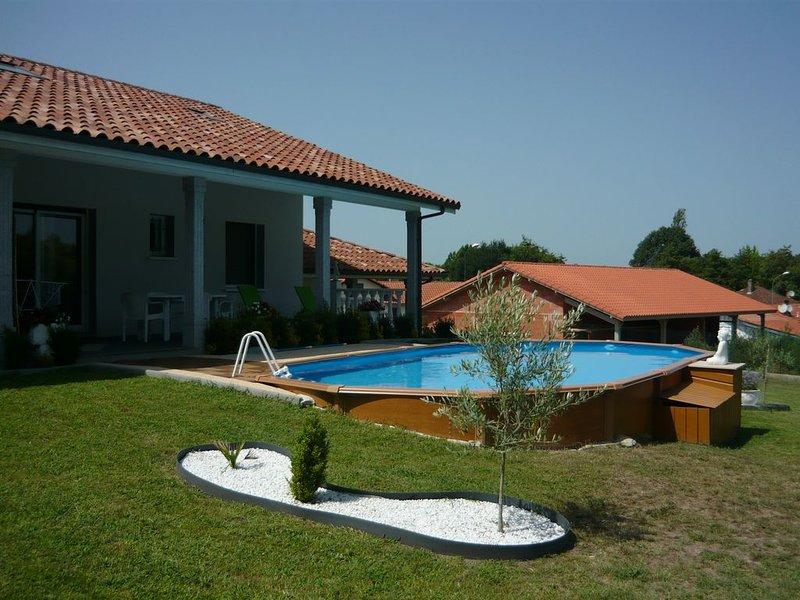 Maison mitoyenne sur la côte d'Argent, casa vacanza a Onesse-et-Laharie