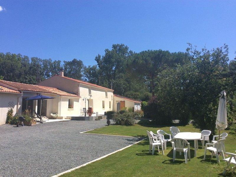 Longère du Marais Poitevin, location de vacances à Arcais