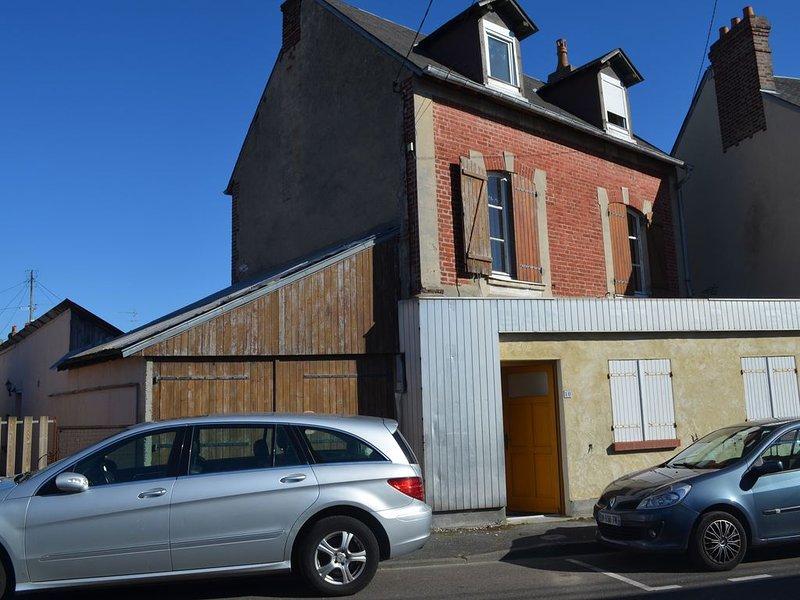 Appt Duplex   à 100 m du port guillaume 5-6 personnes, holiday rental in Dives-sur-Mer