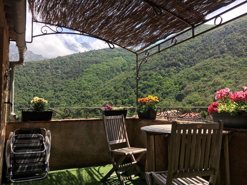 Gite CHEZ MARCO U FILANCIU avec terrasse dans bâtiment du XV Siècle, location de vacances à Haute-Corse