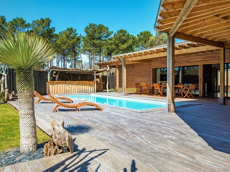 L'abricotier : Villa, bois flotté, piscine  chauffée, vacation rental in Lacanau