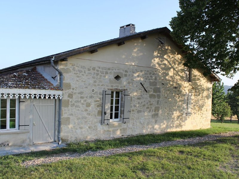 Maison de vacances au calme, holiday rental in Peyriere