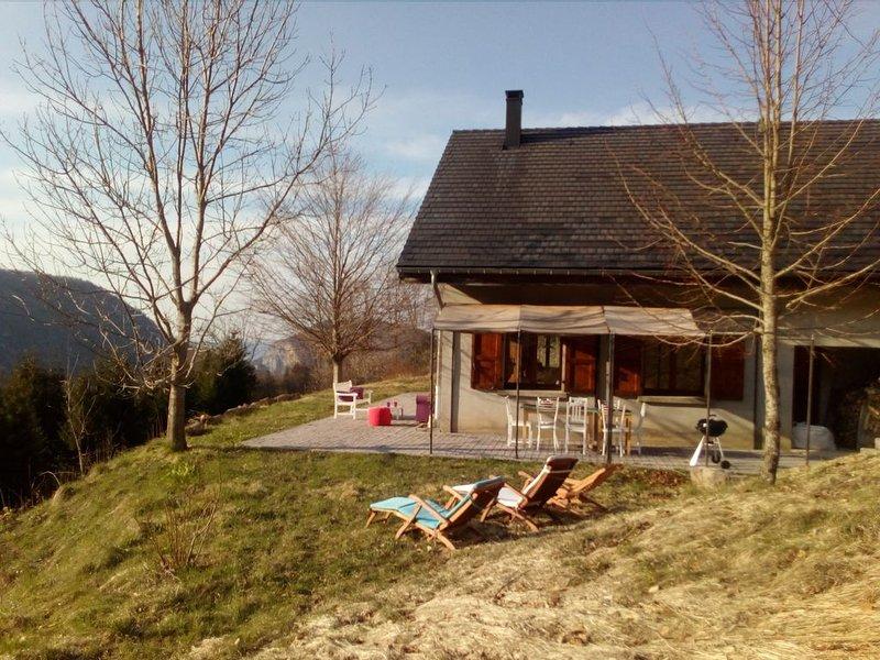 MAISON DE FAMILLE LA CHOUETTE, holiday rental in Autrans